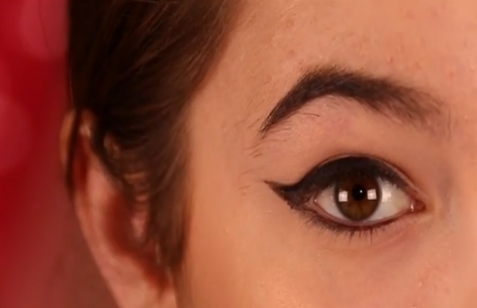 Winged Eyeliner Look