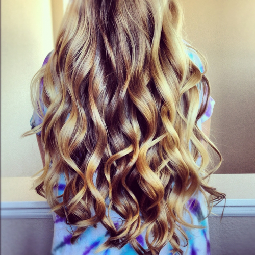 Cool Hairstyle 11: Cute Curly Hairstyles Tumblr Girls