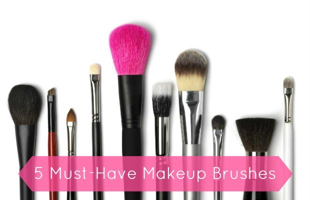 5 Must-Have Makeup Brushes – Chelsea Crockett