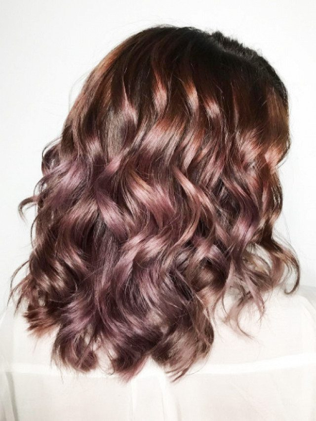 how-to-go-rose-gold-without-dyeing-your-hair-blond-1934101-1476217068-640x0c