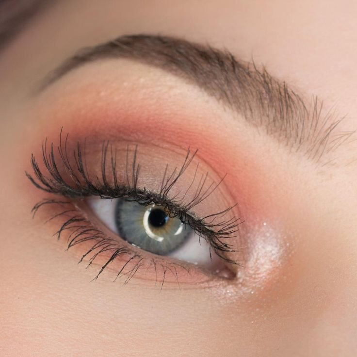 Peach Makeup Looks This Spring – Chelsea Crockett
