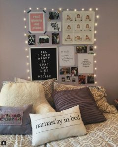 Chelsea Crockett - Dorm Decor