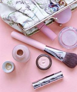 Chelsea Crockett - Makeup Kit